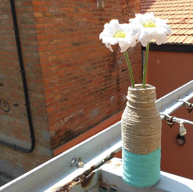 diy wrapped vase