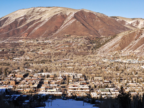 city usa rockies town colorado skiresort rockymountains ajax aspen