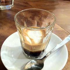 espresso, cappuccino, cup, distilled beverage, cortado, caf㩠au lait, coffee, caff㨠macchiato, drink, irish coffee, latte,