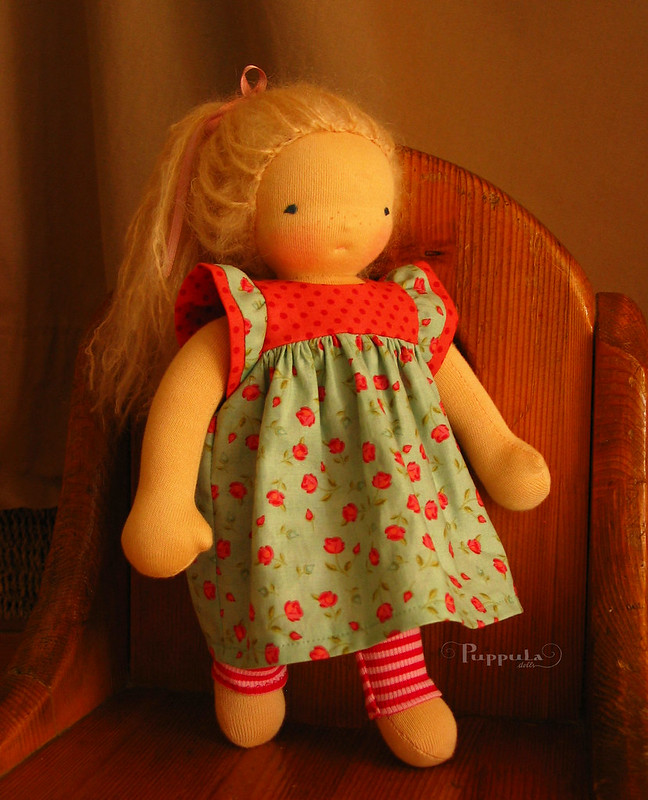 Dress and leggings for a 12 doll