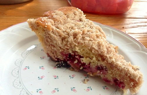 Blackberry Peach Coffee Cake
