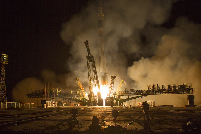Expedition 37 Launch (201309260003HQ)