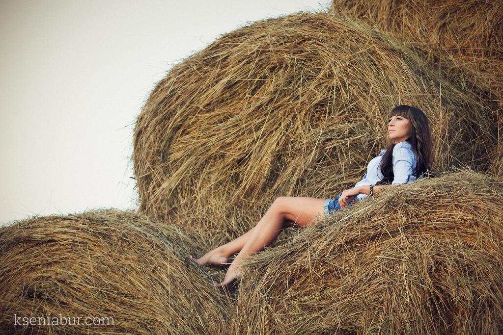 Фотосесессия девушки на природе