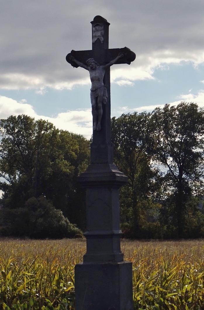Kríž pri ceste do Mule