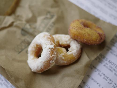 10-16 doughnuttery