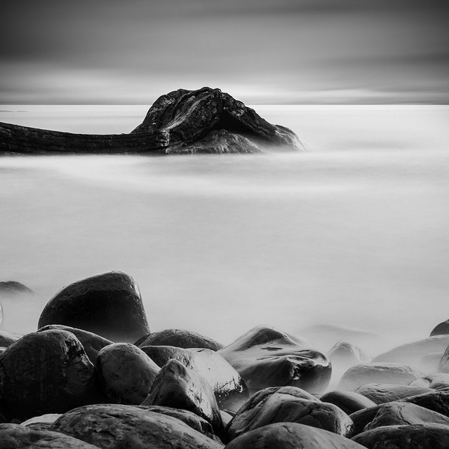 Flickr: The Black and White Seascapes Pool