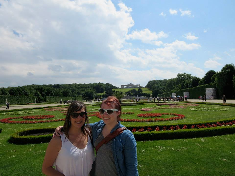 sheena me Schönbrunn Palace3