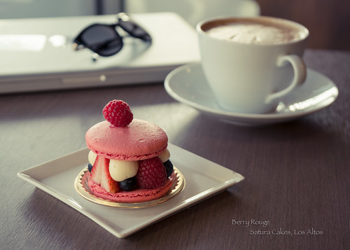 Berry Rouge - Satura Cakes