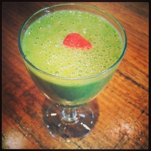 Day 11 : Green drink. Kale smoothie recipe here http://myburntorange.wordpress.com/2013/02/15/kale-and-madila-botswana-yoghurt-smoothie/ #FMSphotoaday