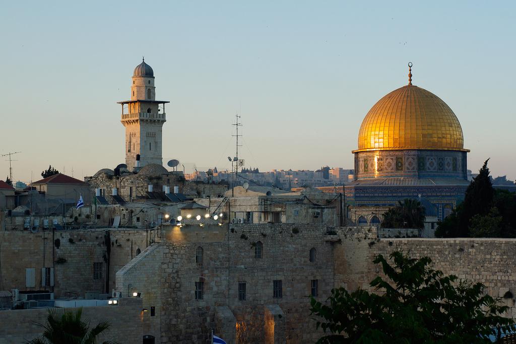 مسجد وكلمة و صورة 11854654643_58e871dea4_b