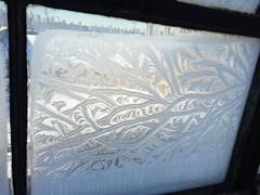 土, 2014-01-04 09:36 - 凍った窓