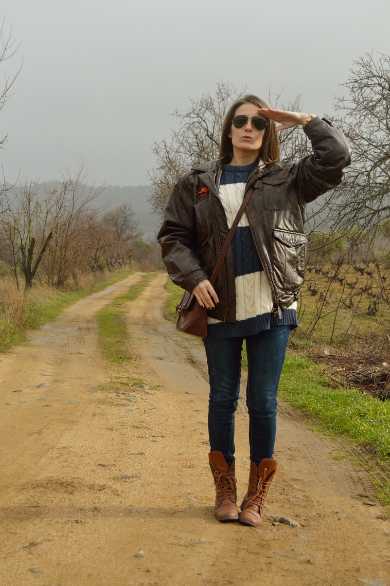lara-vazquez-madlula-fashion-blog-aviator-mood-up!