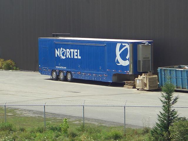 Nortel tridem tri-axle trailer Ottawa, Ontario Canada 08242007 ©Ian A. McCord