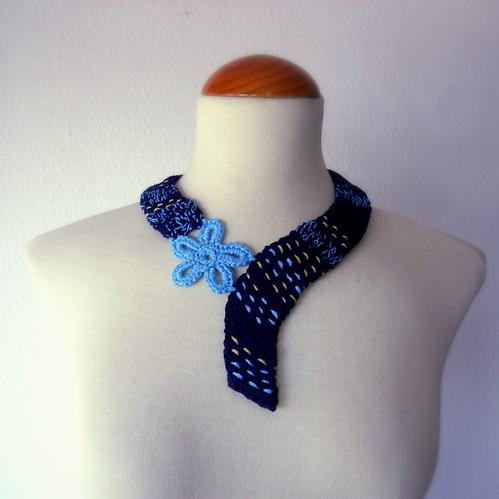 collar crochet azul y turquesa