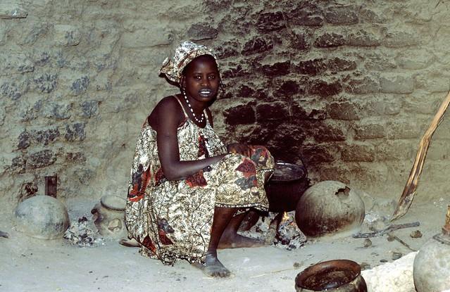 Songhai woman-Mopti Mali