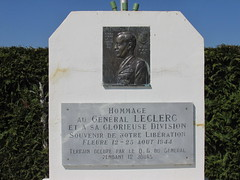 Hommage General Leclerc - Photo of Francheville