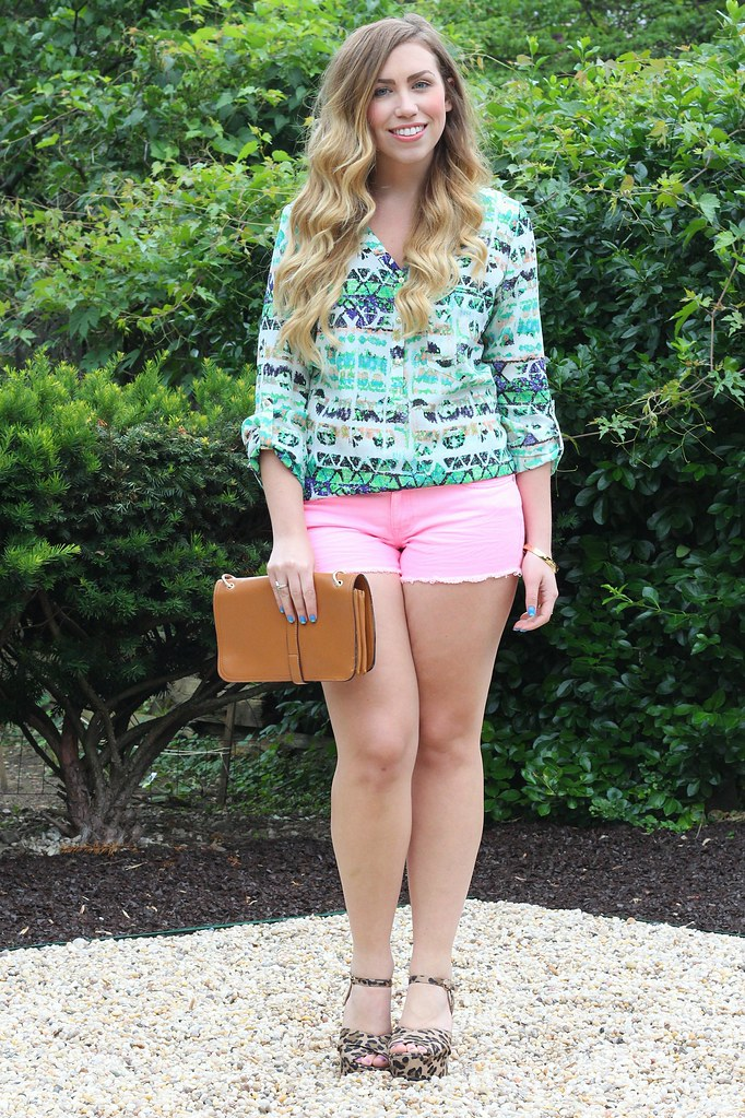 Living After Midnite: Jackie Giardina: East vs West Style Challenge: Denim Shorts