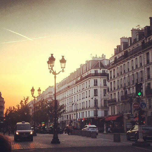 Evening in Paris by la casa a pois
