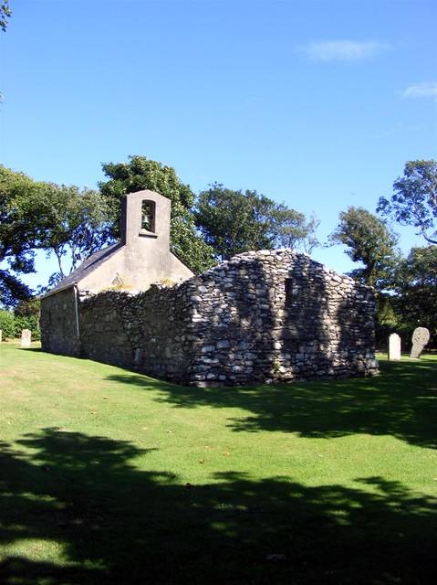 Lonan old church 015