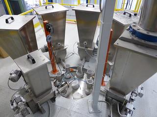 Sistema di dosaggio a 6 componenti