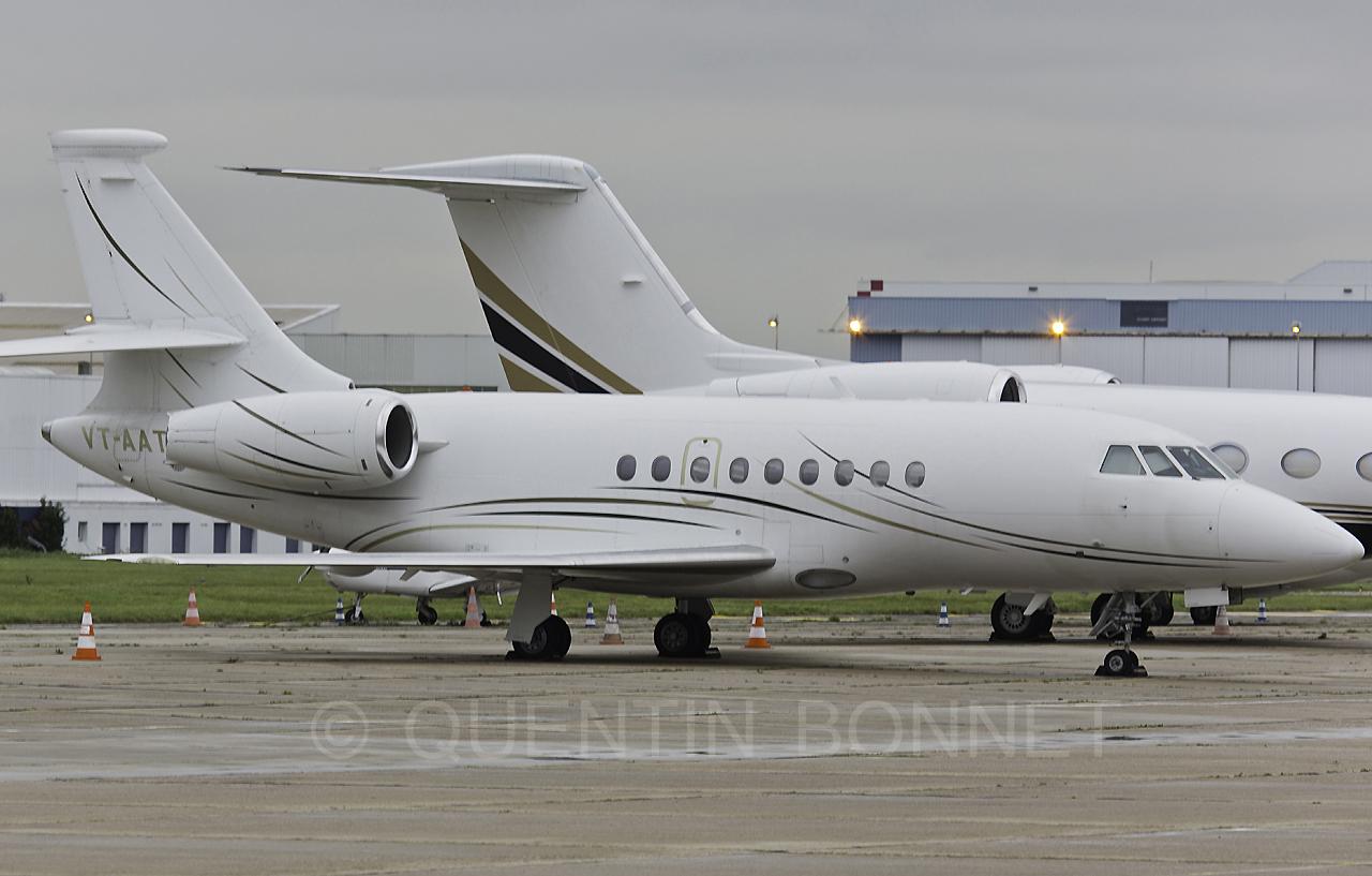 Private Dassault Falcon 2000 VT-AAT