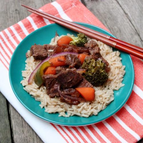 slow-cooker-teriyaki-beef-and-vegetables