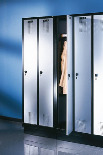 Evolo-wardrobe-07