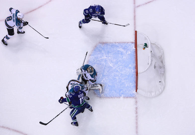Antti Niemi can't stop Bieksa's opportunistic point shot.