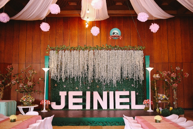 jeiniel enchanted garden themed party