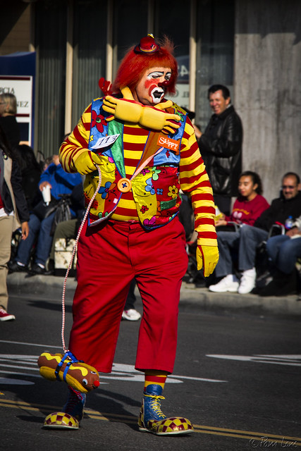 Downey Christmas Parade 2013 clown