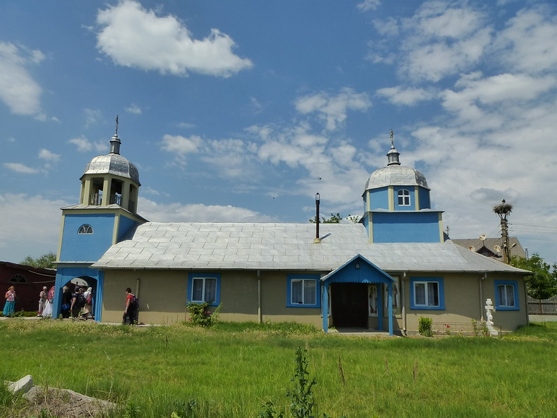 Old believers church and the stork's nest
