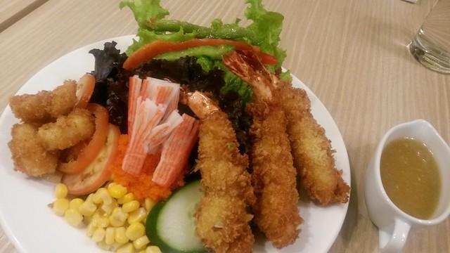 UCC Salad