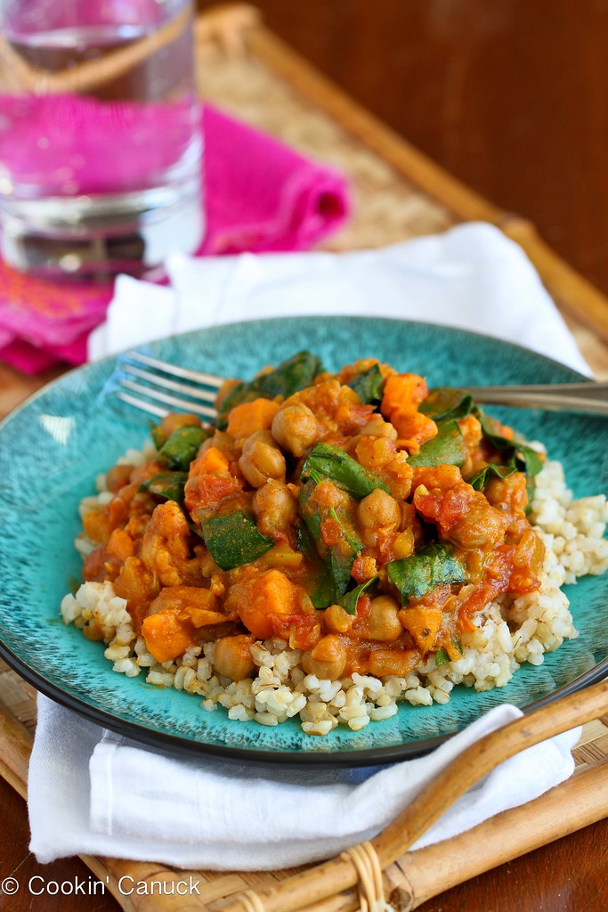 Slow Cooker Vegetable Curry Recipe with Sweet Potato and Chickpeas...This delicious vegan curry is a great option for Meatless Monday! 181 calories and 6 Weight Watchers SmartPoints