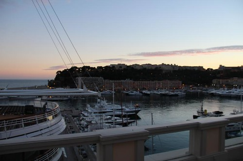 norman-foster-yacht-club-monte-carlo