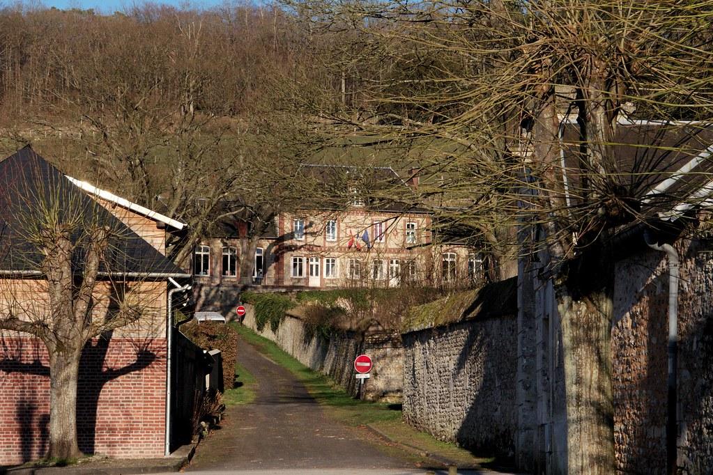 Mairie Le Bec-Hellouin