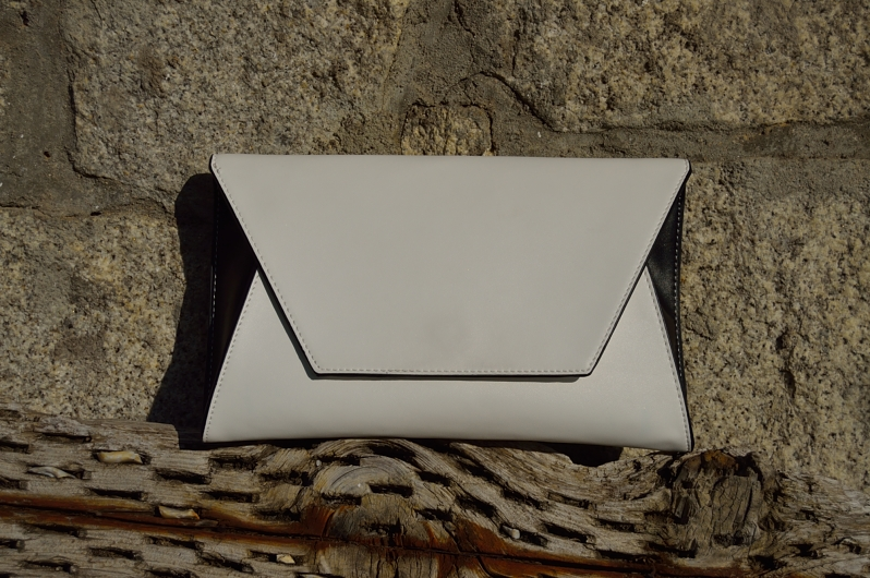 lara-vazquez-madlula-blog-accessories-white