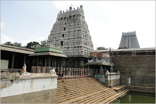 Prama Theertham inside the Arunachaleshwar Temple in Thirivannamalai