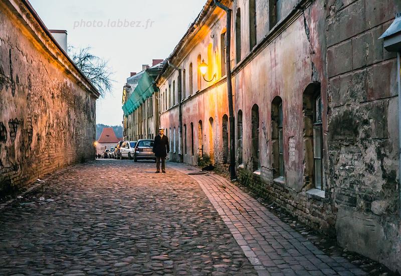 rue de la vieille ville de Vilnius en Lituanie