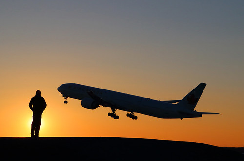 plane avion sunset sky exterior boeing 777 aircanada ciel silhouette canon 80d