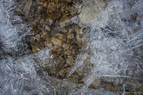2blog 2tumblr 2ig comellassa arroyo creek agua water hielo ice osona sal18250 geo:lat=4203385016 geo:lon=238849135 geotagged invierno winter santamariadecorco cataluna españa esp