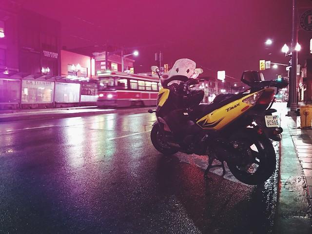 Back On  2 #lifeon2 #Yamaha #tmax500 #scooter #ttc #streetcar  #stclairwest #toronto