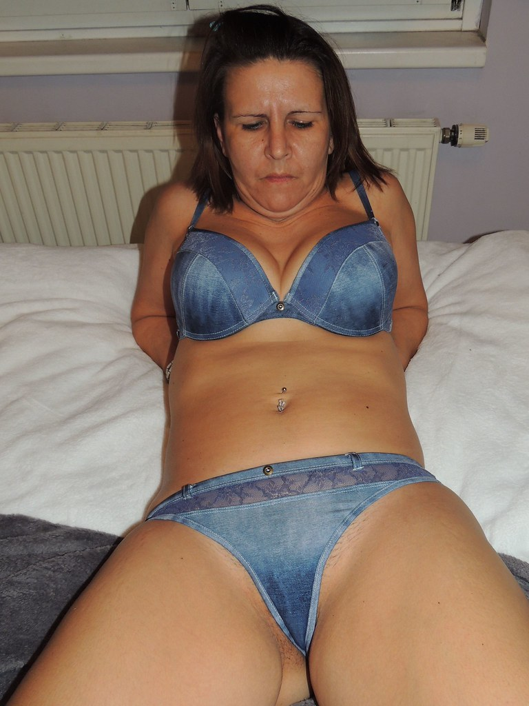 Mature slut mothers all want a hard cock ride 2