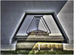 Under the Zealand Bridge