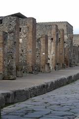 006 Via Mercurio, from from Arch of Caligula (Nero) towards the North, Pompeii