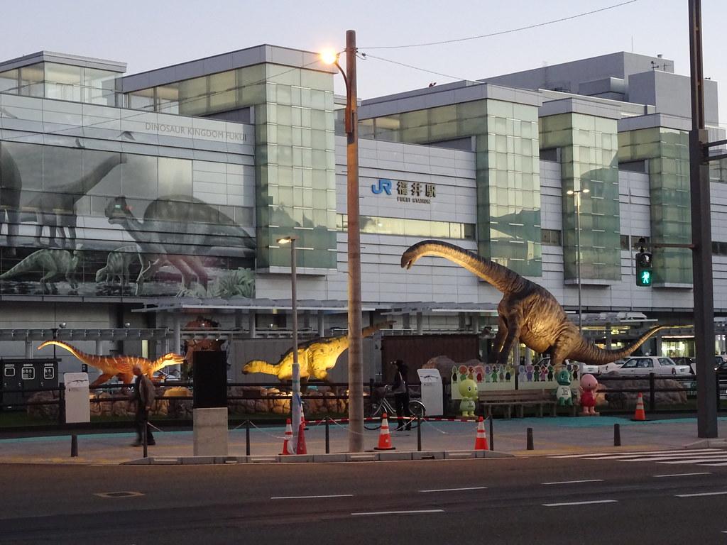 JR福井駅 (JR FUKUI Station)
