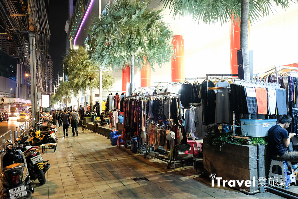 曼谷城中霓虹夜市 Talad Neon Downtown Night Market (8)
