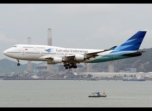 B744 - Boeing 747-4U3