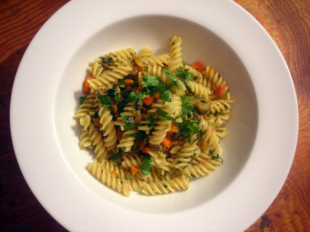 Pasta with heirloom tomato and clam sauce
