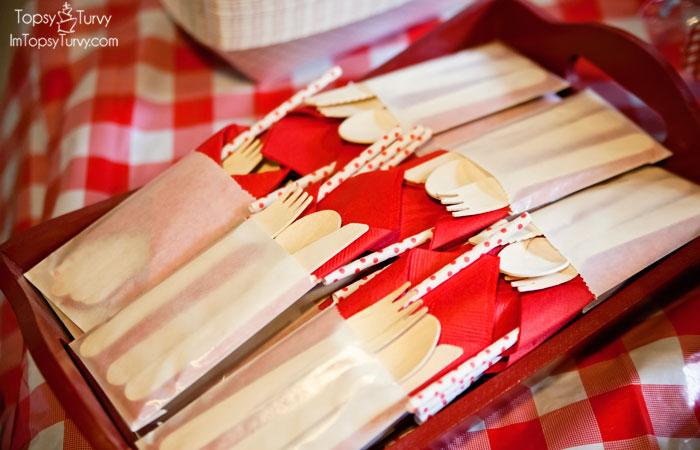 picnic-party-utensils