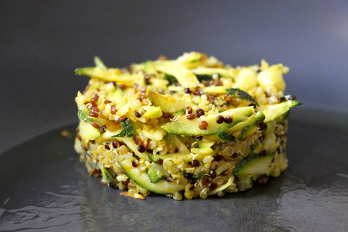 Quinoa-Courgette-Burger